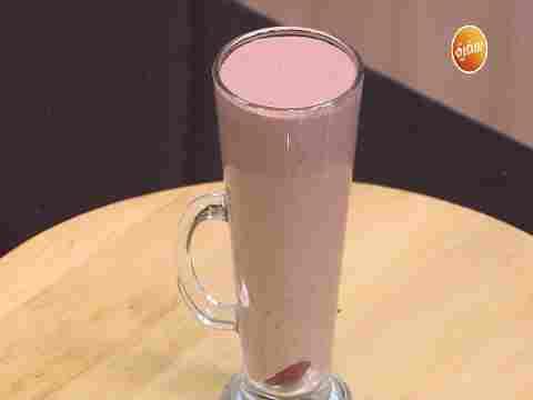 Photo of طريقة تحضير ميلك شيك الموز بالشوكولاتة | شريف الحطيبي